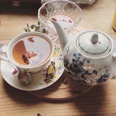 Сохранённые фотографии – 1 606 фотографий on We Heart It Cuppa Tea, Aesthetic Food, Me Time, High Tea, Back Home, Afternoon Tea, Coffee Shop, Tea Party, Tea Cups