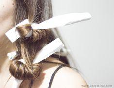 Les muestro como pueden hacer rulos sin aplicar herramientas capilares de calor. Aprende este método natural y sencillo para tener el pelo ondulado.