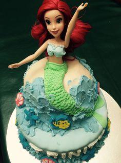 Disney Ariel.....the mermaid cake.