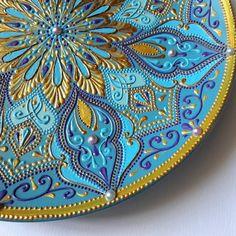 Сегодня можно приобрести эту красавицу за очень выгодную цену . В данный момент проходит аукцион на @auctions_foxes .