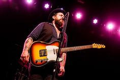 cool Nathaniel Rateliff & The Night time Time Sweats Shake the Royale