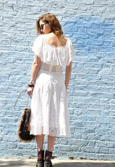 70's white cotton dress with lace detailing
