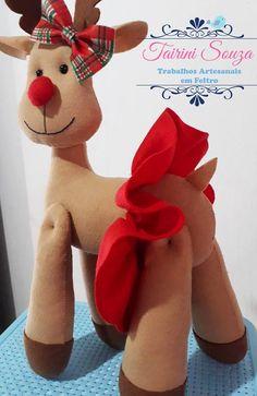 Crafts Christmas in Felt Christmas Art, Christmas Ornaments, Happy Day, Teddy Bear, Halloween, Toys, Holiday Decor, Animals, Santa Crafts