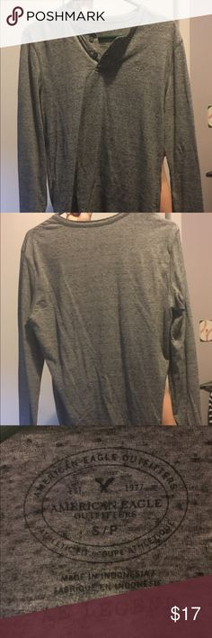 Men's American Eagle Grey Long Sleeve Henley Men's athletic fit size small grey American Eagle long sleeve henley. Great condition, it has only been wore about 5 times, but it doesn't fit me anymore. Willing to negotiate. American Eagle Outfitters Shirts Tees - Long Sleeve