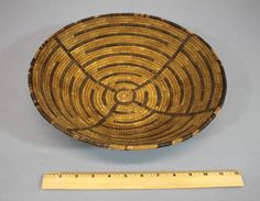 Authentic Antique circa-1900 Western Native American Plains Indian Basket, NR