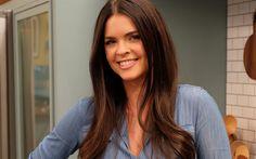 Download wallpapers Katie Lee, american author, beauty, beautiful woman, brunette