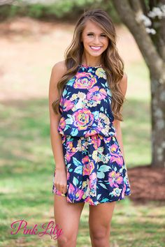 You can never have too much floral in your wardrobe, and this piece is perfect to add to the collection! From the vibrant colors to the halter style and flowy look, this tunic is just irresistible!