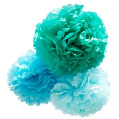 Pynt flot op til drengens barnedåb med disse dekorative pompom'er. Leveres i pakke med 3 stk. i forskellige blå nuancer. #barnedåb #pompom #blå