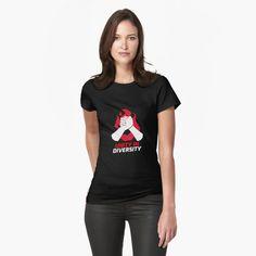My T Shirt, V Neck T Shirt, Hunter Logo, Edgy Dress, Bleu Turquoise, Floral Illustrations, Mask For Kids, Vintage Dresses, Fashion Brands