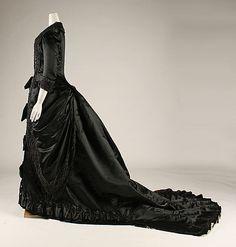 Dinner dress, Pingat c. 1877-80 @ The Met