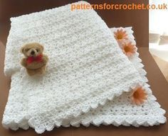 Free baby crochet pattern for cuddly shawl http://patternsforcrochet.co.uk/a-baby-shawl-usa.html #patternsforcrochet #freebabycrochetpatterns