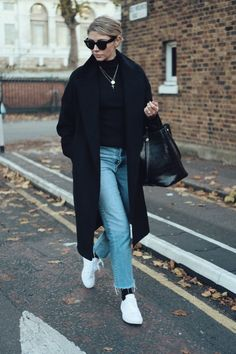 Emma Hill EJSTYLE wears Black wool coat, cropped jeans with black socks, white converse, chic winter outfit