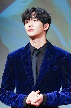 Handsome Korean Actors, Handsome Boys, Korean Star, Korean Men, Kpop, Chani Sf9, Monsta X Hyungwon, Jung Hyun, Fnc Entertainment