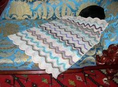 Free+Knitting+Pattern+-+Baby+Blankets+&+Afghans:+Feather+&+Fan+Blanky