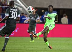 """Sheyi Ojo could leave on loan, but """"his future is 100 percent at Liverpool"""" - Klopp"""