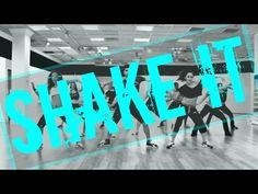 Drop It Low By Sensazao Crew - Sensazao Dance Fitness - YouTube