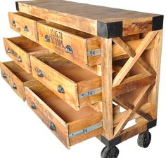 Recycled Wood Chest of Drawers  | Best Home Depot Hacks and Homesteading Tips & Tricks at http://pioneersettler.com/home-depot-hacks-homesteading-tips-tricks