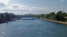 En bateau sur la #Seine #Paris June 2014 www.pinterest.com/annbri/
