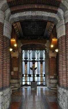 Tour Milano liberty Art Nouveau, Liberty, Milan, Tours, Places, Europe, Rock Shower, Freedom, Lugares