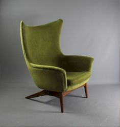 Antiques Atlas - H W Klein Model 207 For Bramin Danish Chair. 1960'