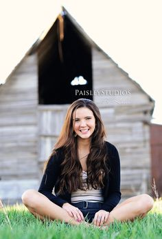 Senior photo ideas - put a horse in the background behind the girl.