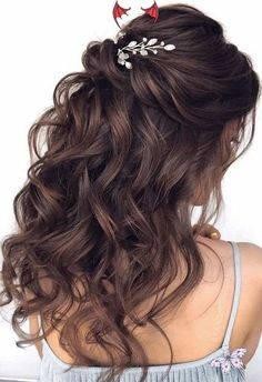 wedding hairstyles for long hair with veil half up #wedding #hairstyles #for #long #hair #with #veil #half / wedding hairstyles for long hair with veil | wedding hairstyles for long hair with veil romantic | wedding hairstyles for long hair with veil curls | wedding hairstyles for long hair with veil brunette | wedding hairstyles for long hair with veil half up | wedding hairstyles for long hair with veil updo | wedding hairstyles for long hair with veil tiara | wedding hairstyles for long… Wedding Hair Brunette, Half Up Wedding Hair, Wedding Hairstyles Half Up Half Down, Curly Wedding Hair, Wedding Hairstyles For Long Hair, Wedding Hair And Makeup, Wavy Hair, Medium Hair Styles, Curly Hair Styles