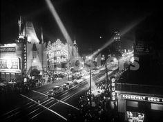 Le Jour De L'Ouverture Opening Day a Hollywood 1927 Salle De Cinema Landscapes Photo - 41 x 30 cm