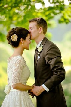 Google Image Result for http://www.theweddingdeals.com/wp-content/uploads/2011/10/wpid-Classic-Vintage-Wedding-by-Rebekah-Murray-4-300x451.jpg