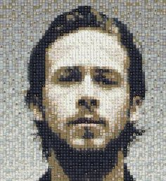 Dr house, Ryan Gosling (and more) keyboard portraits in social electronics art with Portrait keyboard Ryan Gosling, Unusual Art, Unique Art, Pixel Art, Mosaic Portrait, Celebrity Portraits, Recycled Art, Recycled Materials, Australian Artists