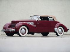 1937 Cord 812 Phaeton Classic Car, something about these older cars that just looks awesome