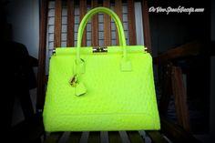 New in - Neon yellow bag - DoYouSpeakGossip.com