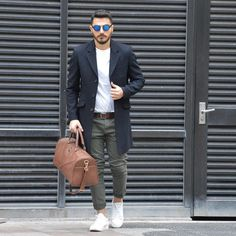 This is how you wear your overcoat with a tee #mensfashion #fashion