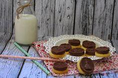 Tapitas y Postres: Galletas con chocolatina.