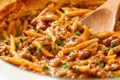 One Pot Sloppy Joe Pasta. A delicious twist to the classic sloppy joe- sloppy joe pasta! Casserole Recipes, Pasta Recipes, Cooking Recipes, Dessert Recipes, Dinner Dishes, Pasta Dishes, Carne Molida Recipe, Penne Pasta, Pasta Noodles