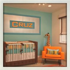 I've always been told I was born in the wrong decade by far. Why not start my child off the same way (minus naming him/her Cruz, lol). LOVE this nursery!