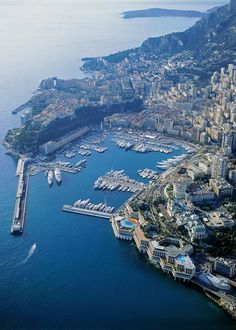 And I worked and lived there for 10 years (well, just on the other side of the street where Monaco's border is)!!!