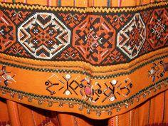 106/365 - Muhu rahvarõivad / Folk costumes, island Muhu, Estonia by pitsimeister, via Flickr