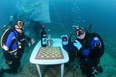 Record mondiale di permanenza subacquea a Santa Caterina