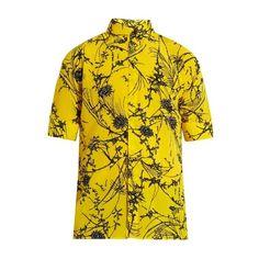 Haider Ackermann Baryum short-sleeved silk shirt ($760) ❤ liked on Polyvore featuring men's fashion, men's clothing, men's shirts, men's casual shirts, yellow multi, mens casual button down shirts, mens short sleeve shirts, mens floral print shirts and mens short sleeve button down shirts