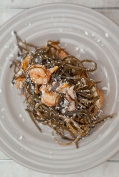 Seaweed and shrimp salad
