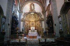 Interior de la antigua Básilica de Guadalupe, Ciudad de México México