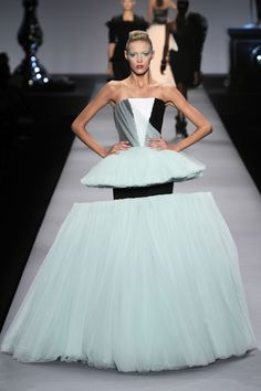 Viktor And Rolf Couture Collection - Half Already Sold (Vogue.com UK)