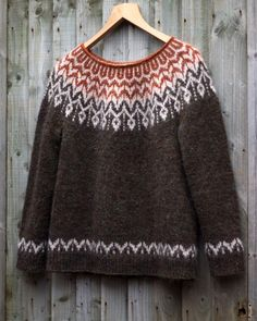 Dreyma ♡ A quick picture of my second one It is greener than is showing Beautiful design by Jennifer Steingass for… Fair Isle Knitting Patterns, Sweater Knitting Patterns, Knitting Designs, Knit Patterns, Norwegian Knitting, Icelandic Sweaters, Nordic Sweater, Knit Fashion, Knitwear