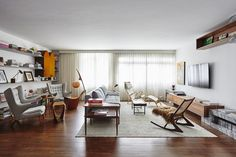 Portugesearchitect firm Pascali Semerdjian Architectsrenovate an apartment which is built early 1960 in Sao Paulo City Brazil. Sao Paulo Brazil architecture is not getting this offer and Portugal firm got this offer and design...