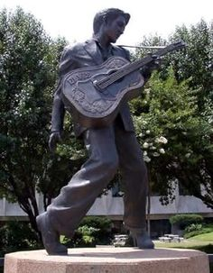The iconic Elvis statue on Beale Street, Memphis Tennessee
