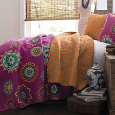 Full/Queen Fushia Pink Orange Blue Paisley 3 Piece Quilt Coverlet Bedspread Set