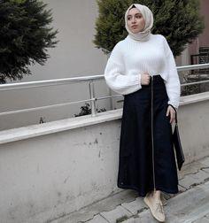 Modest Fashion, Hijab Fashion, Fashion Outfits, Womens Fashion, Stylish Hijab, Hijab Outfit, Muslim Women, Winter Outfits, Winter Clothes