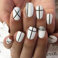 Patterned Prom Nails Art picture 2