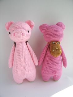 Pig With Owl Backpack by Little Bear Crochets Little Bear Crochets - J. Poolvos- Pig With Owl Backpack Crochet Pig, Crochet Patterns Amigurumi, Crochet Animals, Crochet Crafts, Crochet Dolls, Owl Backpack, Backpack Pattern, Christmas Knitting Patterns, Paintbox Yarn