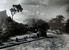 """O panorama do Rio de Janeiro visto da Vista Chinesa, é sensacional..... Esta foto é da época em que a vista era Chineza, com """"Z"""" !!"""